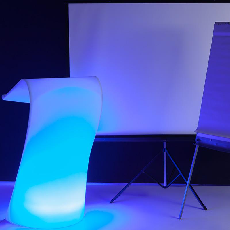 Alquiler de muebles y accesorios conferencia