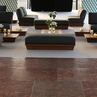 Alquiler de alfombra, pista de baile e iluminación