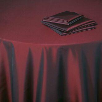 Mantel Toscana rojo Opera 210 x 210 cm.