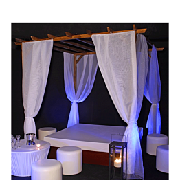 Ibiza lounge - cojín de 200 x 200 cm y pérgola con cortinas